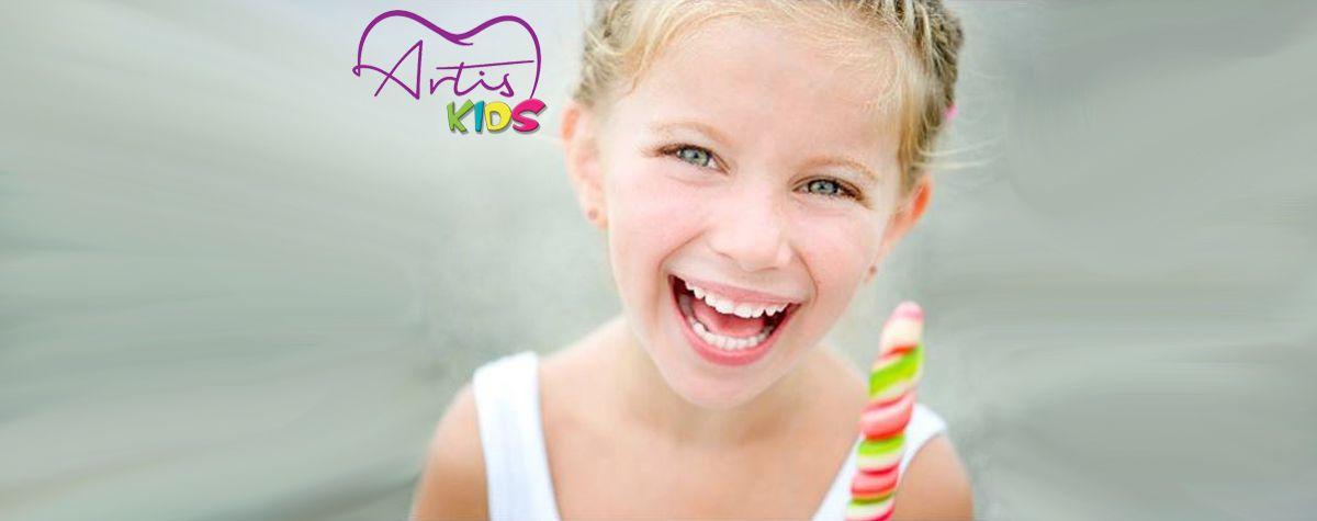 Enseña a tus pequeños a tener una bonita sonrisa.