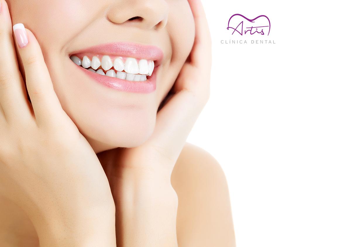 ¡En Artis Clínica Dental queremos que brilles con tu sonrisa!